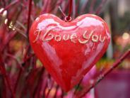 Familie: Deutsche glauben fest an die Liebe fürs Leben
