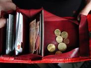 Familie: Persönliche Dinge aus getrennten Kassen bezahlen