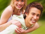 Familie: Frisch verliebt: Freunde nicht vergessen