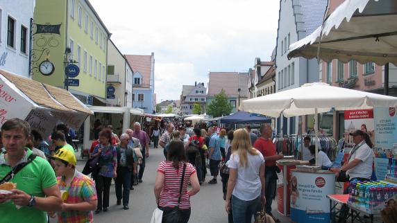 Marktsonntag WER: Einkaufsstadt Wertingen