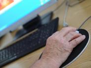 Familie: Internet kennenlernen: Kurse helfen Senioren bei Klicks