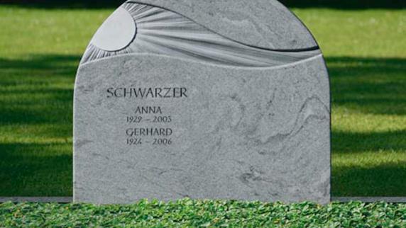 Rat und Hilfe im Trauerfall: Steinmetz Huber fertigt individuelle Grabmale
