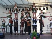: Tolle Show auf der großen Bühne vor dem Rathaus