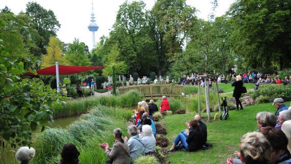 Tag des Friedhofs: Viel Raum für Erinnerung