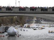 Winterdonauschwimmen: Europas größtes Winterschwimmen