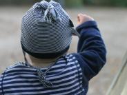 Mama ist auf Dienstreise: Wie Eltern sich richtig verabschieden
