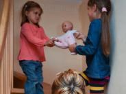 Erziehungs-Tipps: Kleine Kinder sind mit einer Entschuldigung noch überfordert