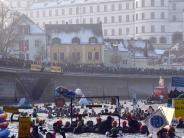 Winterdonauschwimmen am 27.01.: Zum 49. Mal richtet die BRK-Wasserwacht Europas größtes Winterschwimmen aus