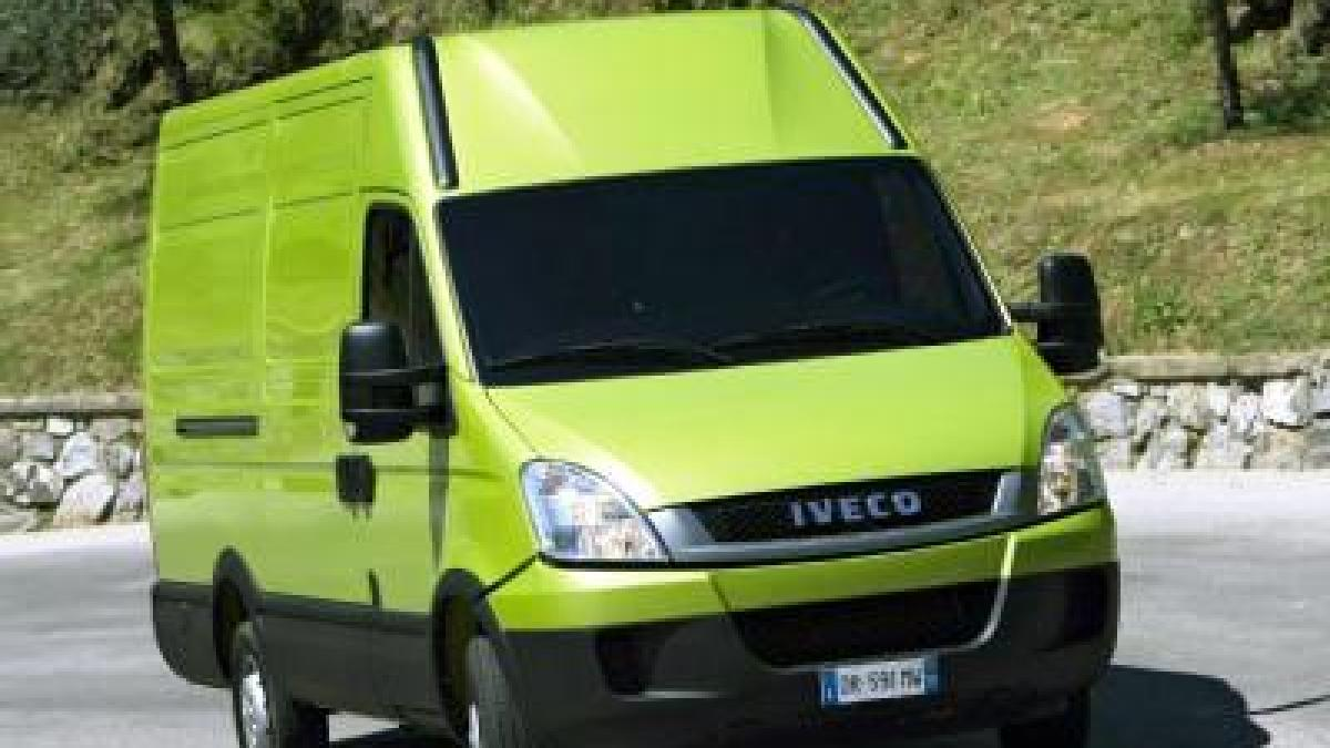 neuer iveco daily kommt auch als elektro transporter. Black Bedroom Furniture Sets. Home Design Ideas