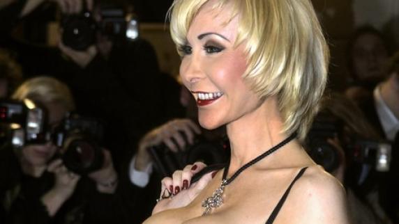dolly buster sex shop erotik singles