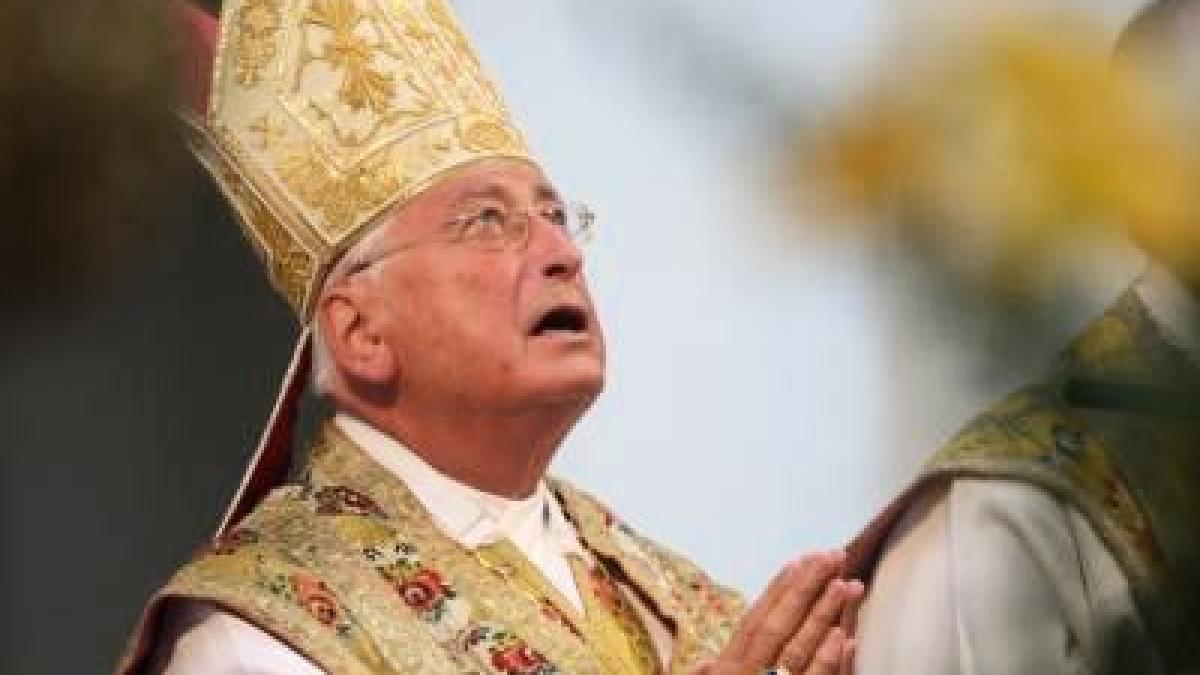 Neue Vorwürfe Bischof Mixa, ein Teppich und ein alter