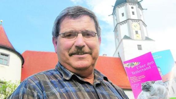 Der Verwalter des Höchstädter Schlosses: Kastellan <b>Anton Wiedemann</b> hofft, ... - Der-Herr-des-Schlosses