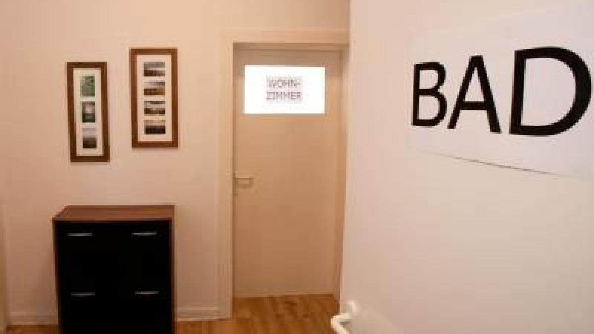 die wohnung f r demenzkranke umgestalten leben. Black Bedroom Furniture Sets. Home Design Ideas