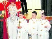 : Nikolaus kommt mit Drillingen