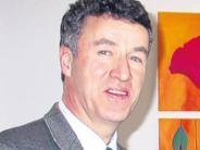 Kurios: Drei Kurdirektoren unter Vertrag