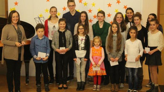 Grundschule: Ein festliches Schülerkonzert - Augsburger Allgemeine