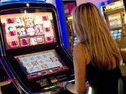 Königsbrunn: Brutaler Überfall in Spielcasino: Polizei sucht mit Jacke nach Täter