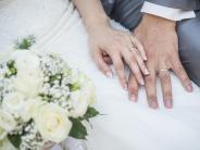 Finanzen: Damit nach der Hochzeit kein Geld verloren geht