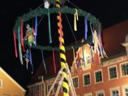 Brauchtum in Mindelheim: Narrenbaum und lustige Verse läuten den Faschingsendspurt ein