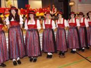 Kultur in Mittelneufnach: Alle Damen im neuen Gewand