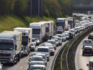 Verkehr: Kilometerlange Staus auf der A 96 – und es wird noch schlimmer