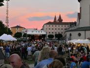 Mittsommernachtsfest in Mindelheim: Perfekte Bedingungen und romantische Kulisse im Stadtgraben