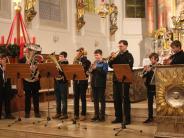 Konzert: Bezaubernder Advent mit der Musikschule
