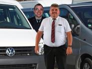 Fasching: Was auf der Rücksitzbank passiert, bleibt das Geheimnis der Fahrer