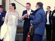Eine besondere Hochzeit in Pfaffenhausen: Wenn aus der (Orts-)Partnerschaft Liebe wird