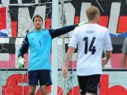 Fußball: Adler überzeugt Löw: Wieder auf Nummer-1-Niveau