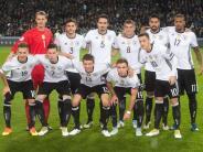 Leichte Sprache: Deutschland macht sich für die Fußball Welt-Meisterschaft fit