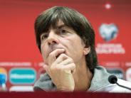 Fussball: Bundestrainer Löw plädiert für Zeitstrafe
