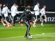 Sorgen des Bundestrainers: Löws WM-Fragezeichen: Von Neuers Fuß bis zur Quartier-Wahl