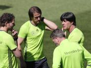 In Abu Dhabi: Löw mit Trainerstab bei Club-WM - WM-Planungen vorantreiben
