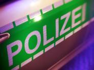 Adelzhausen: Brennender Bus verursacht Stau auf der A8