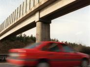 Alb-Donau-Kreis: Unbekannter wirft faustgroße Steine auf fahrende Autos