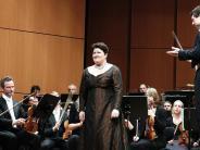 Orchester: Eine Hymne an die weibliche Stimme