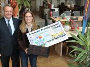 Senden: Auf Schatzsuche: Frau findet 25.000-Euro-Schatzkiste