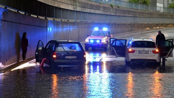 Region Augsburg: Überflutete Keller und Brand: Wo das Gewitter Schäden hinterlassen hat