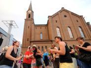 Neu-Ulm: Neu-Ulm feiert sich zwölf Stunden lang
