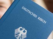 Kreis Neu-Ulm: Staatsfeinde von nebenan: Reichsbürger halten Polizei auf Trab