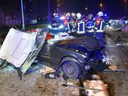Ulm: Auto rast in Tunnelschranke
