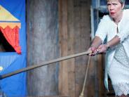 Neu-Ulm: Solo für eine Braut am Neu-Ulmer Theater