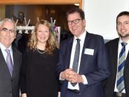 Roggenburg: Minister Müller preist Landjugend