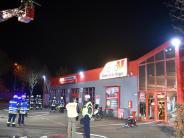 Feuer: Brand in Autowerkstatt richtet hohen Schaden an