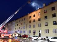 Neu-Ulm: Dachstuhl in der Neu-Ulmer Bahnhofstraße brennt