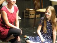 Theater: Familiäres Festmahl