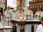Roggenburg: Paterfeiert Priesterjubiläum in der Klosterkirche