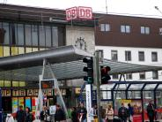 Ulm: Koffer sorgt für Teilsperrung der Bahnhofshalle im Ulmer Hauptbahnhof