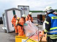 Neu-Ulm: Salzsäure ausgelaufen: Polizei ermittelt gegen Gabelstaplerfahrer